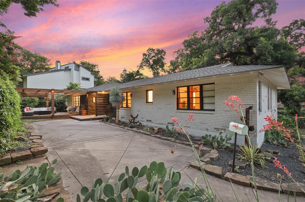 1657 Nob Hill  Road, Dallas, Texas 75208 - Acquisto Real Estate best frisco realtor Amy Gasperini 1031 exchange expert