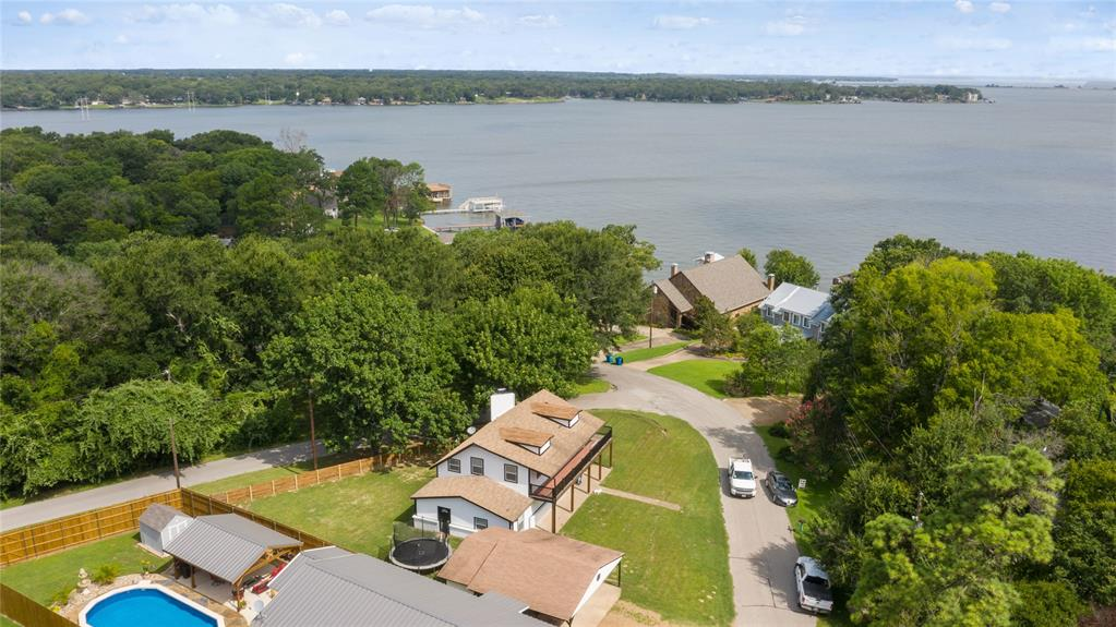 1202 Rim of the World Dr  Tool, Texas 75143 - acquisto real estate best realtor dallas texas linda miller agent for cultural buyers