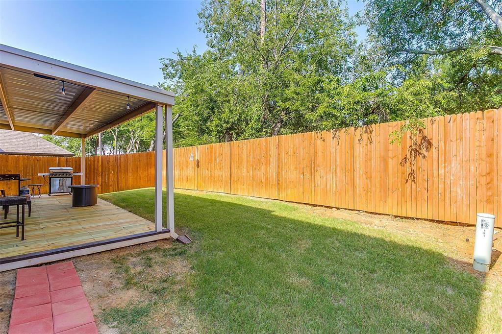 920 Greenhurst  Circle, Euless, Texas 76040 - Acquisto Real Estate best frisco realtor Amy Gasperini 1031 exchange expert