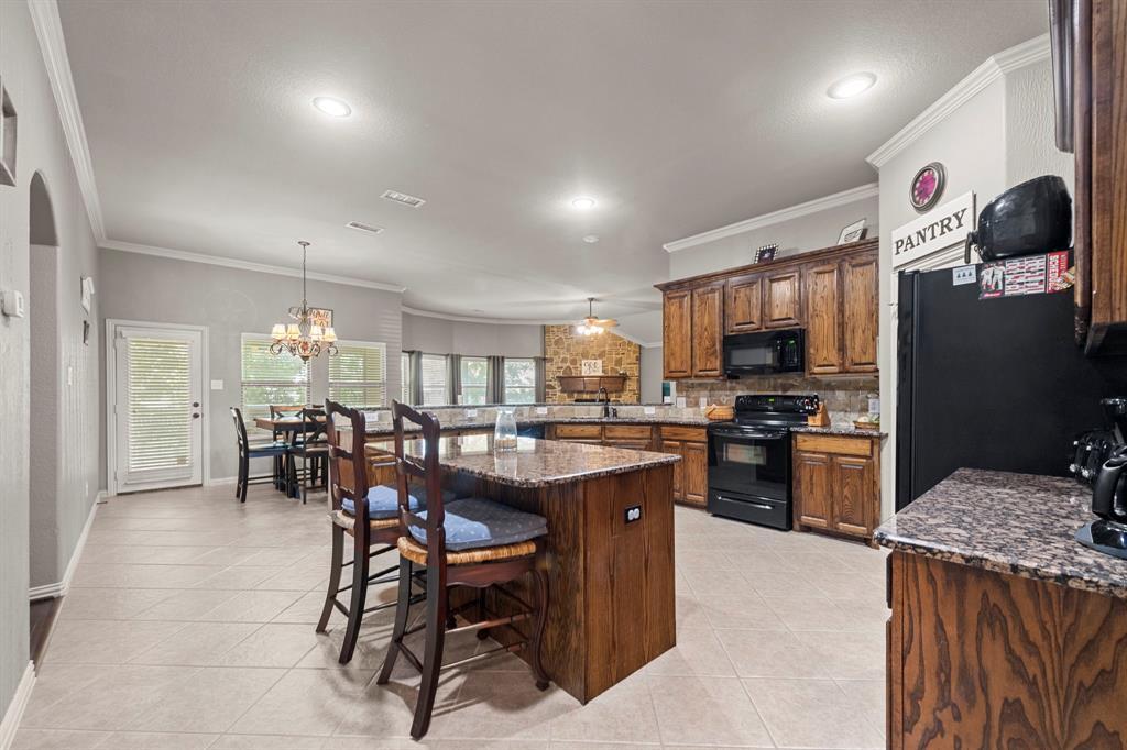 405 Bryn Mawr  Lane, Van Alstyne, Texas 75495 - acquisto real estate best highland park realtor amy gasperini fast real estate service