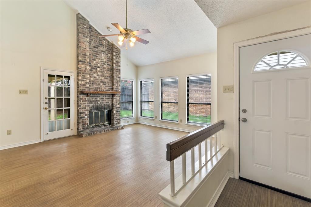 2113 Avignon  Drive, Carrollton, Texas 75007 - Acquisto Real Estate best mckinney realtor hannah ewing stonebridge ranch expert