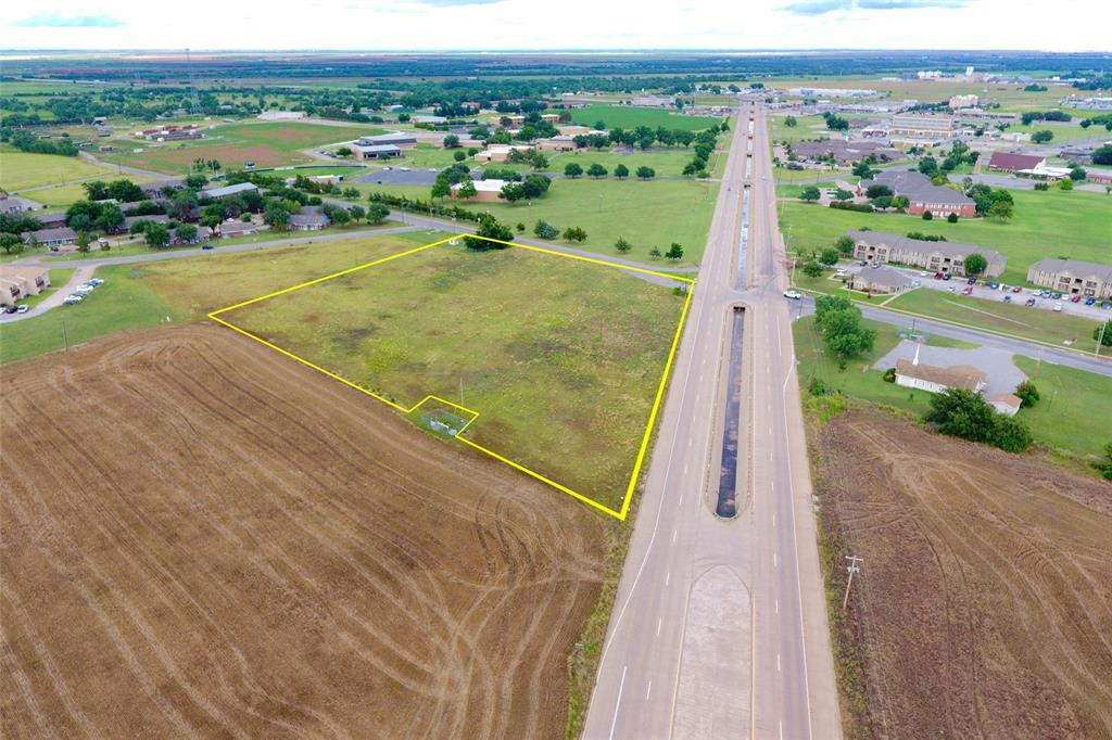 4701 College  Drive, Vernon, Texas 76384 - Acquisto Real Estate best frisco realtor Amy Gasperini 1031 exchange expert