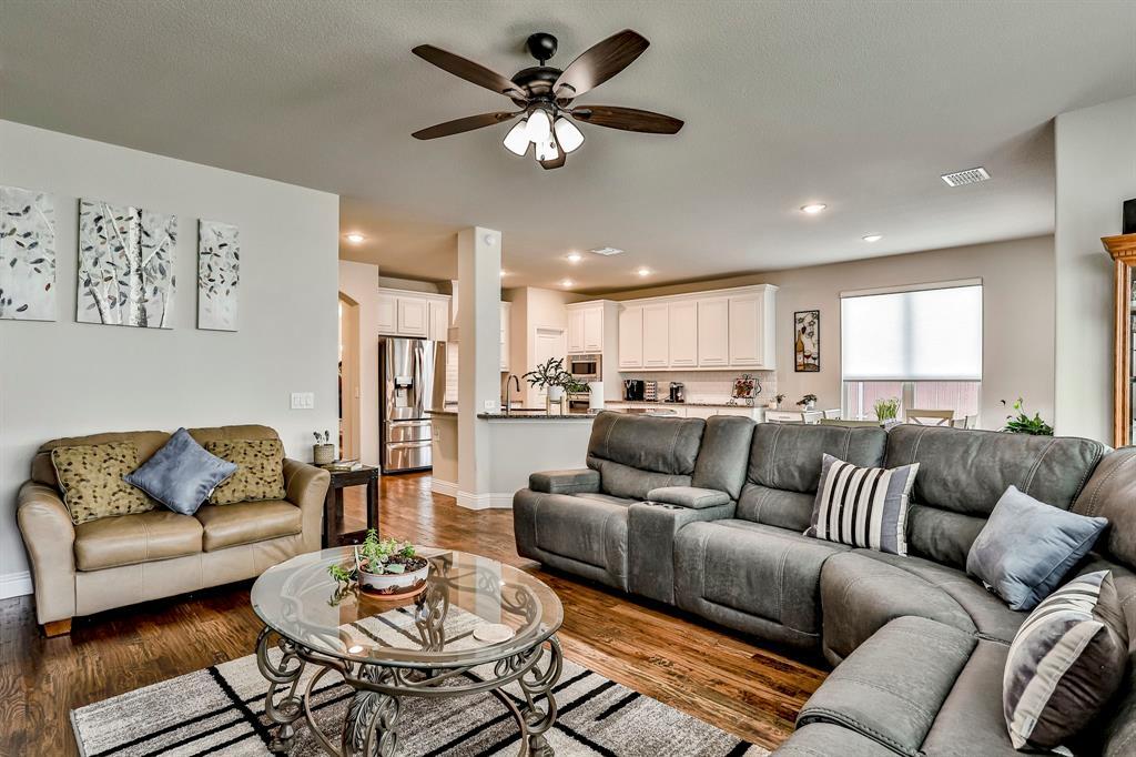 537 Tierra Vista  Way, Fort Worth, Texas 76131 - acquisto real estate best new home sales realtor linda miller executor real estate