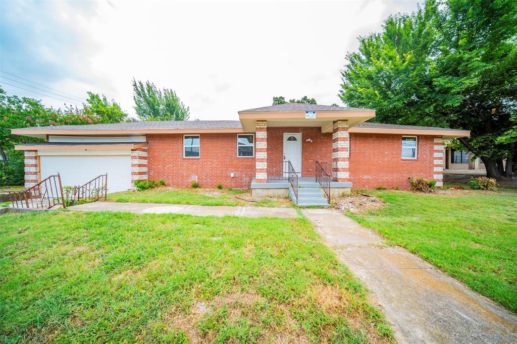 2509 Oakland  Boulevard, Fort Worth, Texas 76103 - Acquisto Real Estate best frisco realtor Amy Gasperini 1031 exchange expert