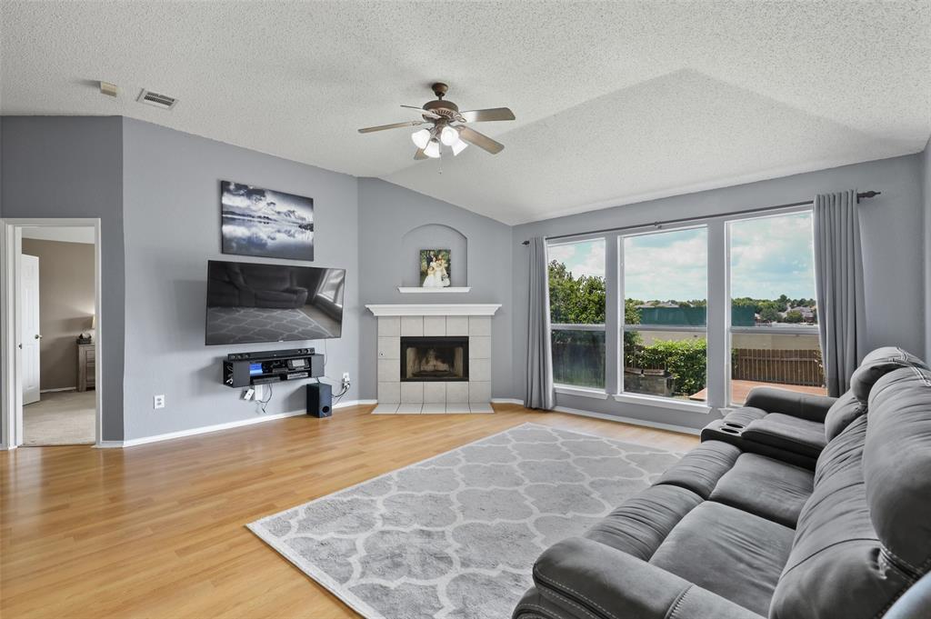 5601 Seafield  Lane, Fort Worth, Texas 76135 - acquisto real estate best highland park realtor amy gasperini fast real estate service