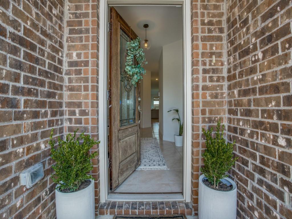 1020 Bluebird  Way, Celina, Texas 75009 - acquisto real estate best allen realtor kim miller hunters creek expert