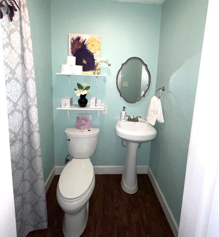 1729 Oakland  Boulevard, Fort Worth, Texas 76103 - acquisto real estate best realtor dfw jody daley liberty high school realtor
