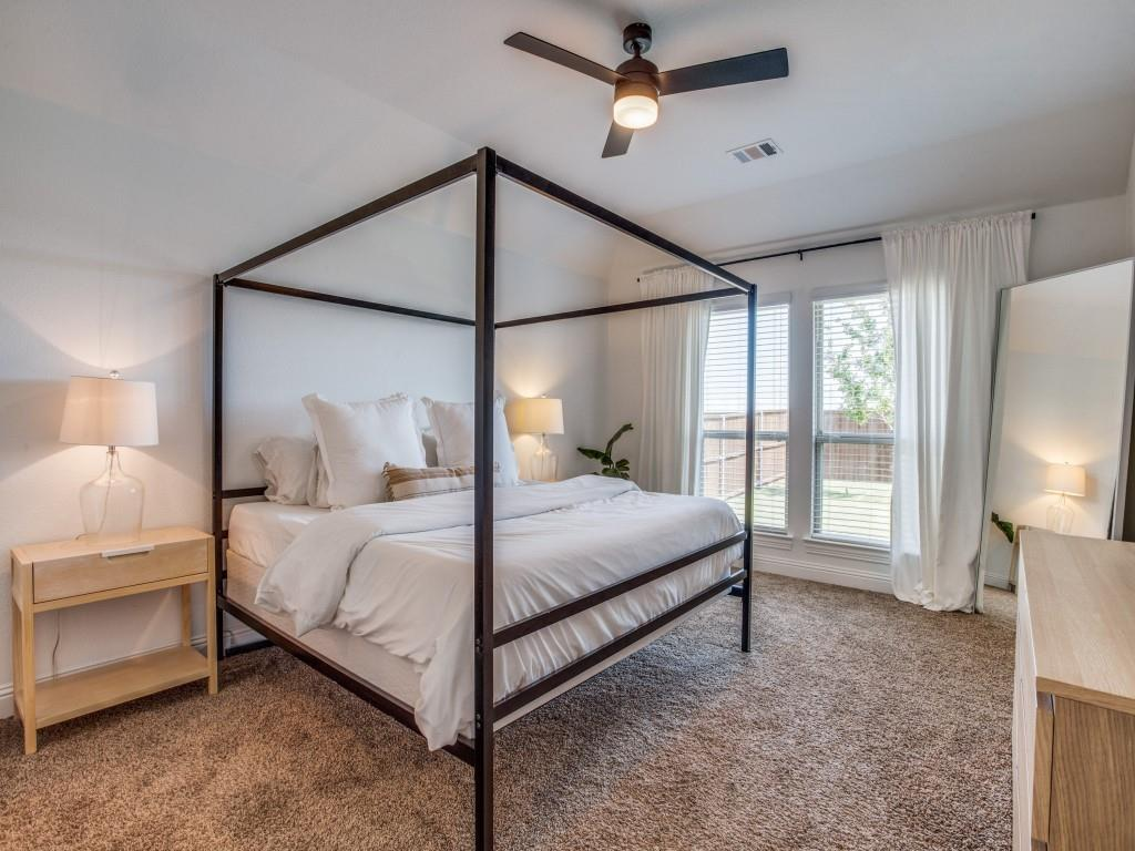 1020 Bluebird  Way, Celina, Texas 75009 - acquisto real estate best investor home specialist mike shepherd relocation expert