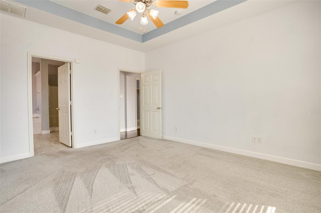 5712 Westgate  Drive, Fort Worth, Texas 76179 - acquisto real estate best realtor dallas texas linda miller agent for cultural buyers