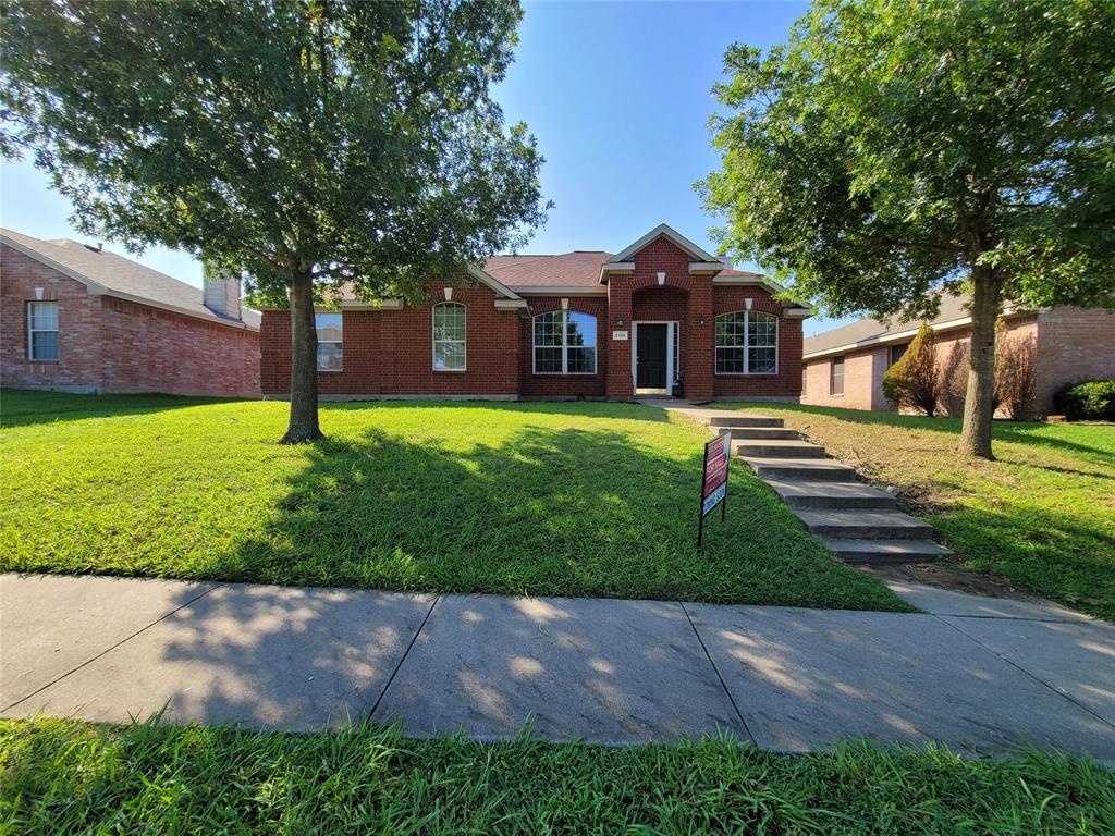 2108 Acorn Grove  Mesquite, Texas 75181 - Acquisto Real Estate best frisco realtor Amy Gasperini 1031 exchange expert