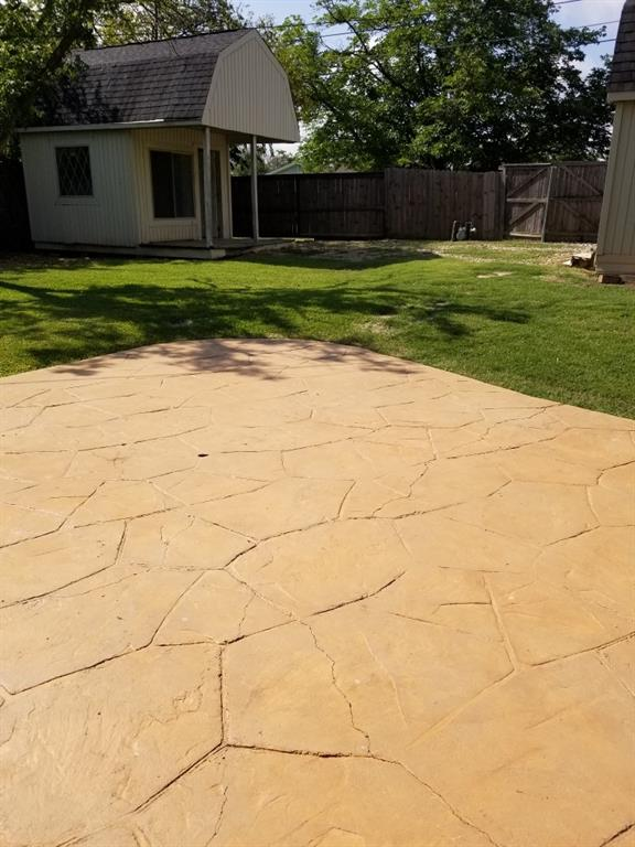 1034 Geronimo Arrow  Carrollton, Texas 75006 - acquisto real estate best frisco real estate agent amy gasperini panther creek realtor