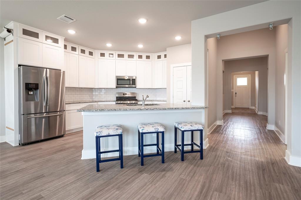 9 Bluebird  Lane, Sanger, Texas 76266 - acquisto real estate best highland park realtor amy gasperini fast real estate service