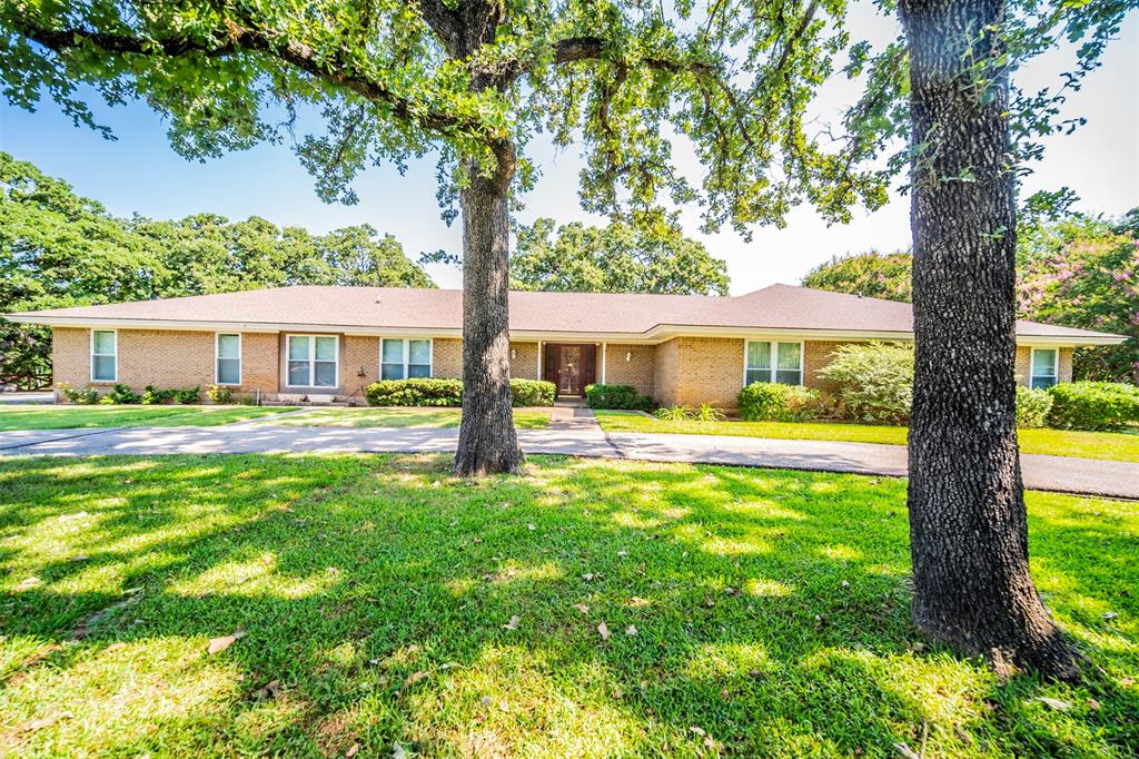 5650 Woodvine  Court, Fort Worth, Texas 76140 - Acquisto Real Estate best frisco realtor Amy Gasperini 1031 exchange expert