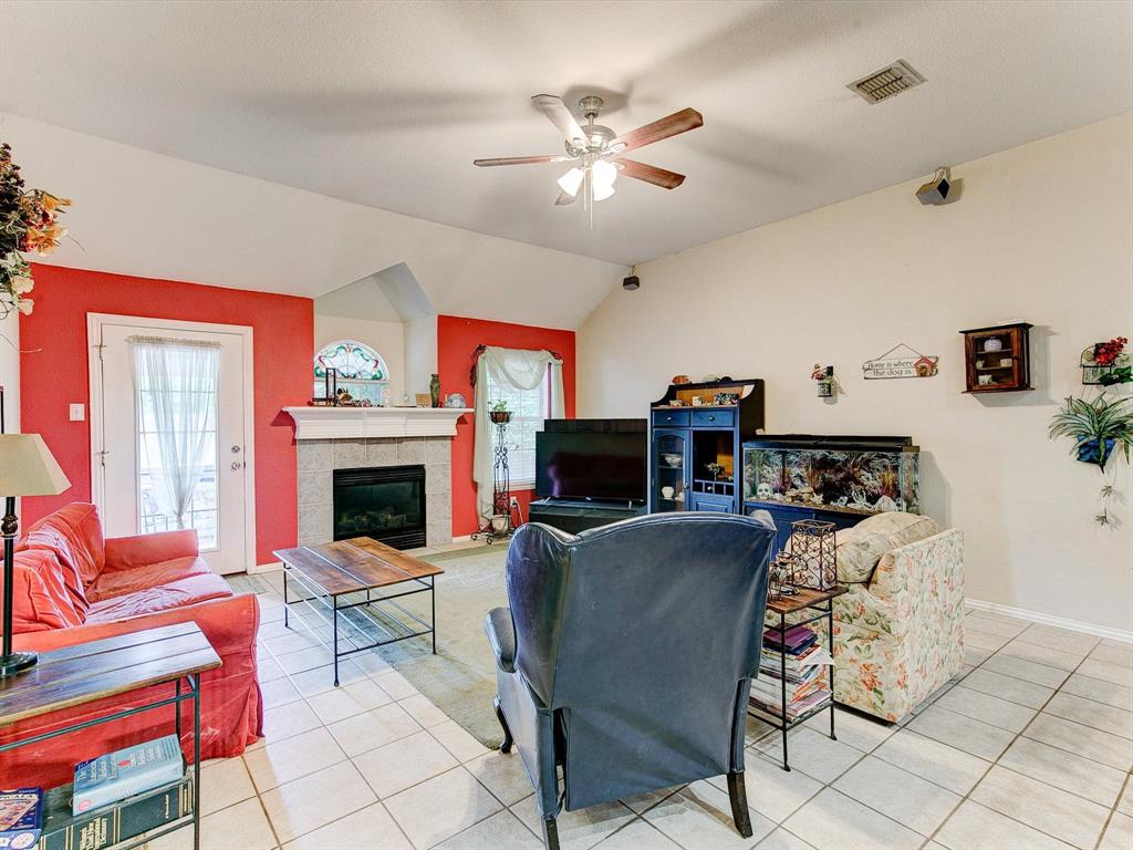 2830 Oakdale  Drive, Burleson, Texas 76028 - acquisto real estate best investor home specialist mike shepherd relocation expert