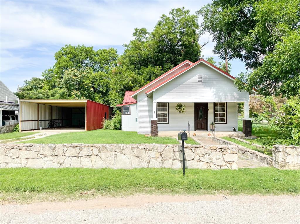 209 Stratton  Street, Seymour, Texas 76380 - Acquisto Real Estate best frisco realtor Amy Gasperini 1031 exchange expert