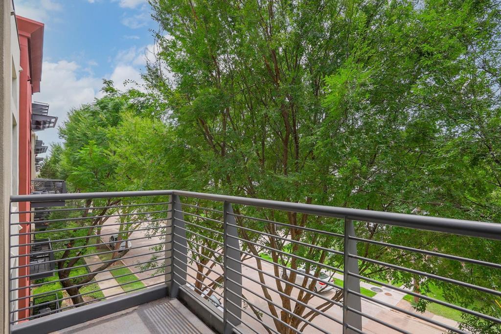4605 Cedar Springs  Road, Dallas, Texas 75219 - acquisto real estate best the colony realtor linda miller the bridges real estate