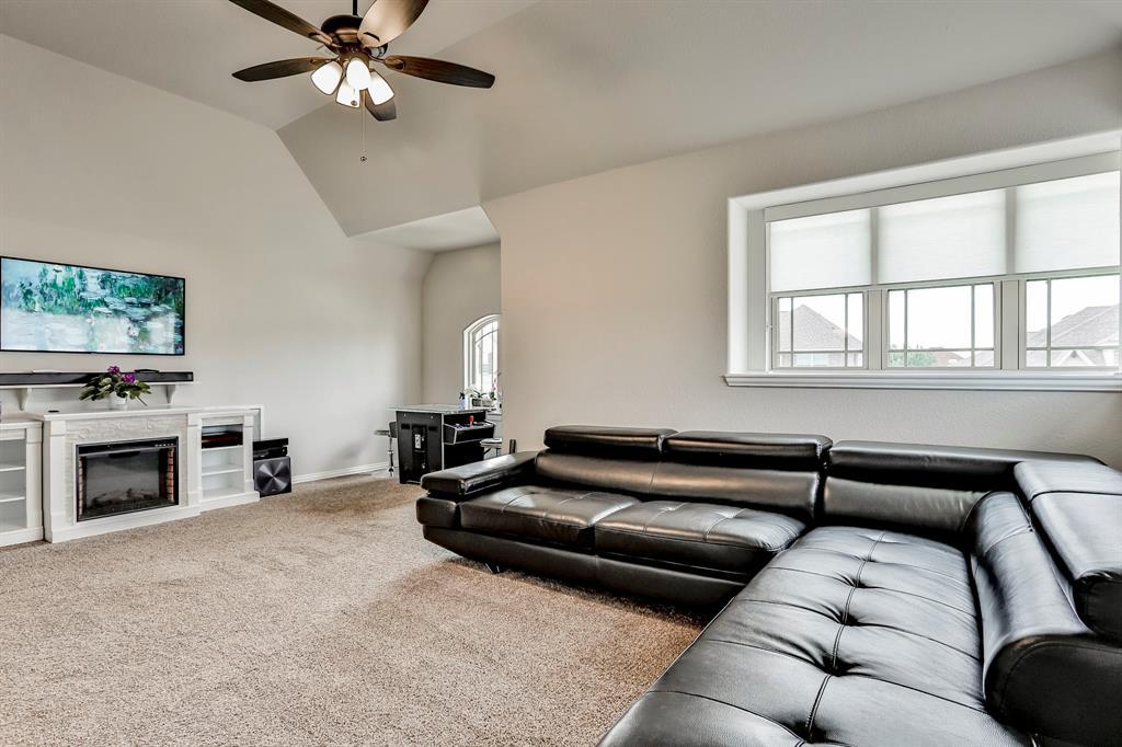 537 Tierra Vista  Way, Fort Worth, Texas 76131 - acquisto real estate best realtor dallas texas linda miller agent for cultural buyers
