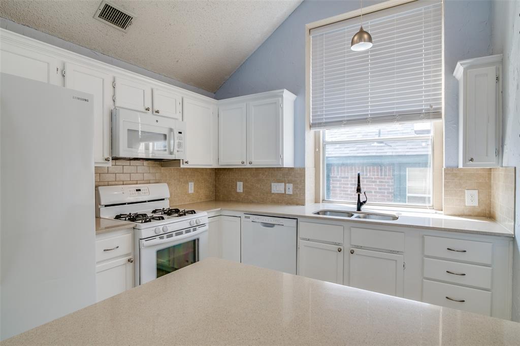 1813 Marcella  Lane, Rowlett, Texas 75089 - acquisto real estate best highland park realtor amy gasperini fast real estate service