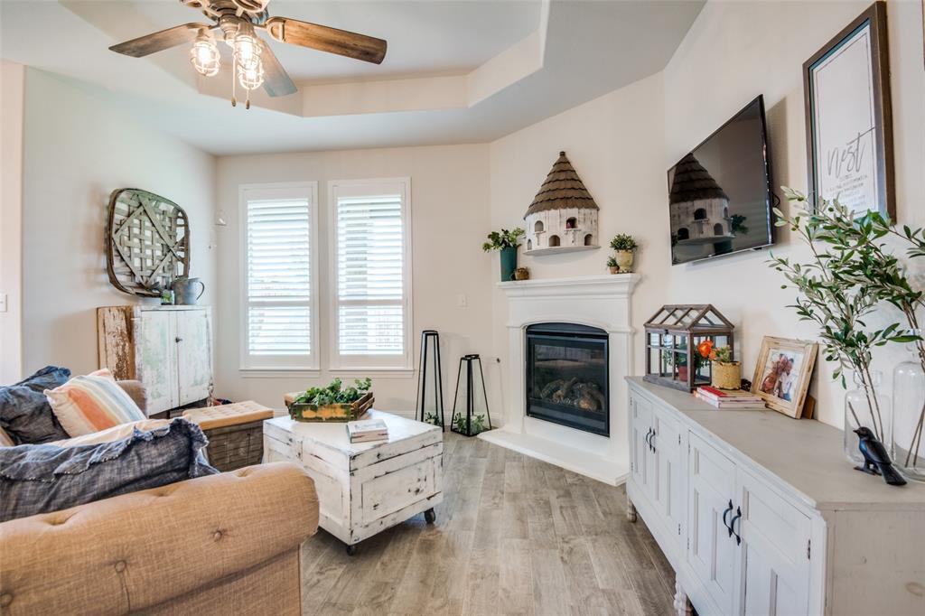 2805 Half Moon  Road, Aubrey, Texas 76227 - acquisto real estate best new home sales realtor linda miller executor real estate