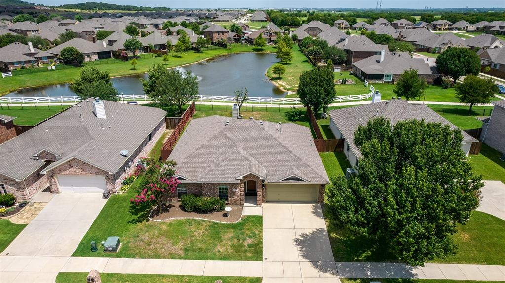 5108 Brookside  Drive, Denton, Texas 76226 - Acquisto Real Estate best plano realtor mike Shepherd home owners association expert