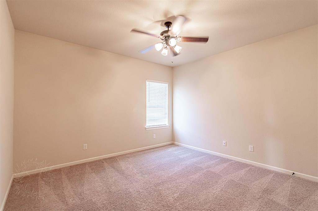 8325 Sandhill Crane  Drive, Fort Worth, Texas 76118 - acquisto real estate best park cities realtor kim miller best staging agent