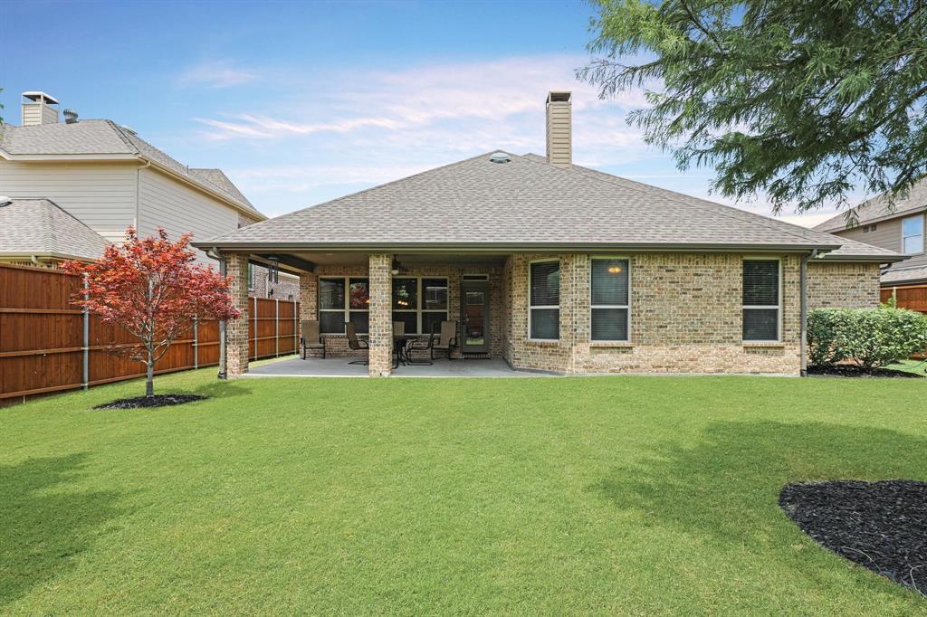 801 Quiet Oak  Lane, Prosper, Texas 75078 - acquisto real estate best negotiating realtor linda miller declutter realtor