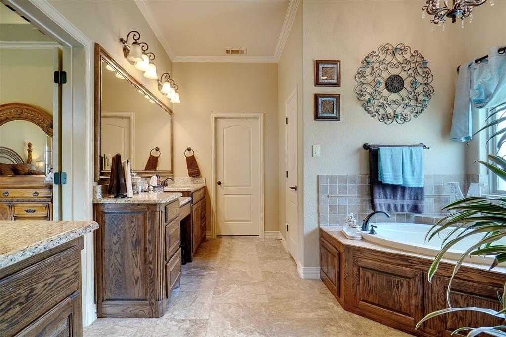 194 Horizon  Circle, Azle, Texas 76020 - acquisto real estate best new home sales realtor linda miller executor real estate