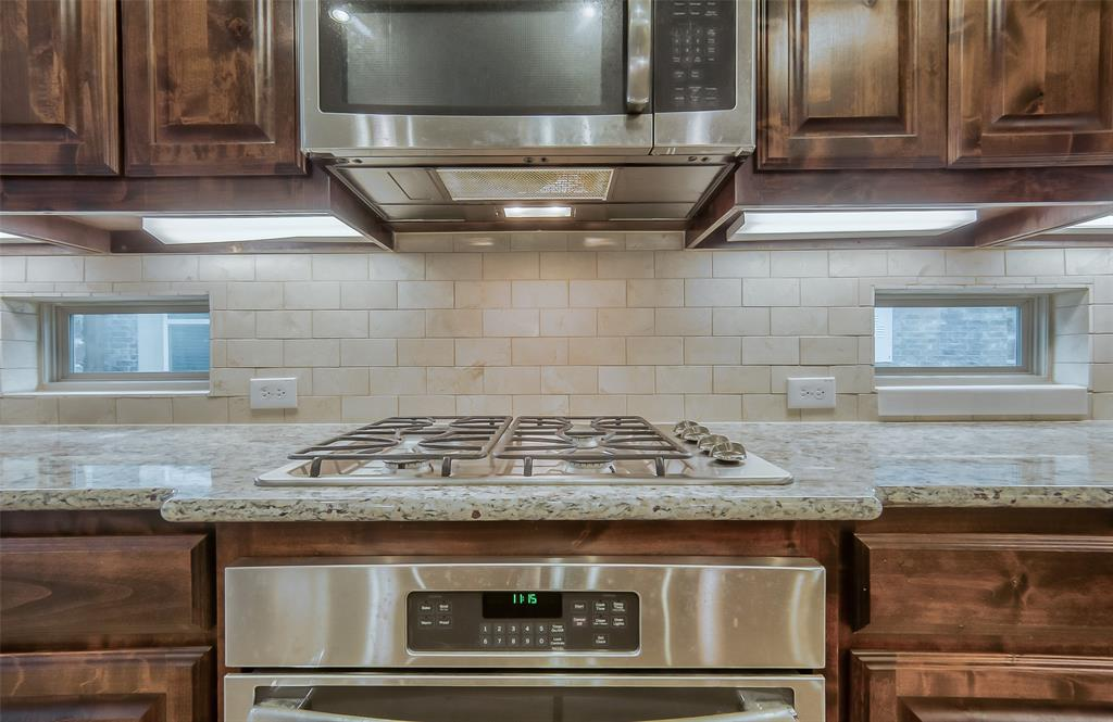 9822 Amberwoods  Lane, Frisco, Texas 75035 - acquisto real estate best looking realtor in america shana acquisto