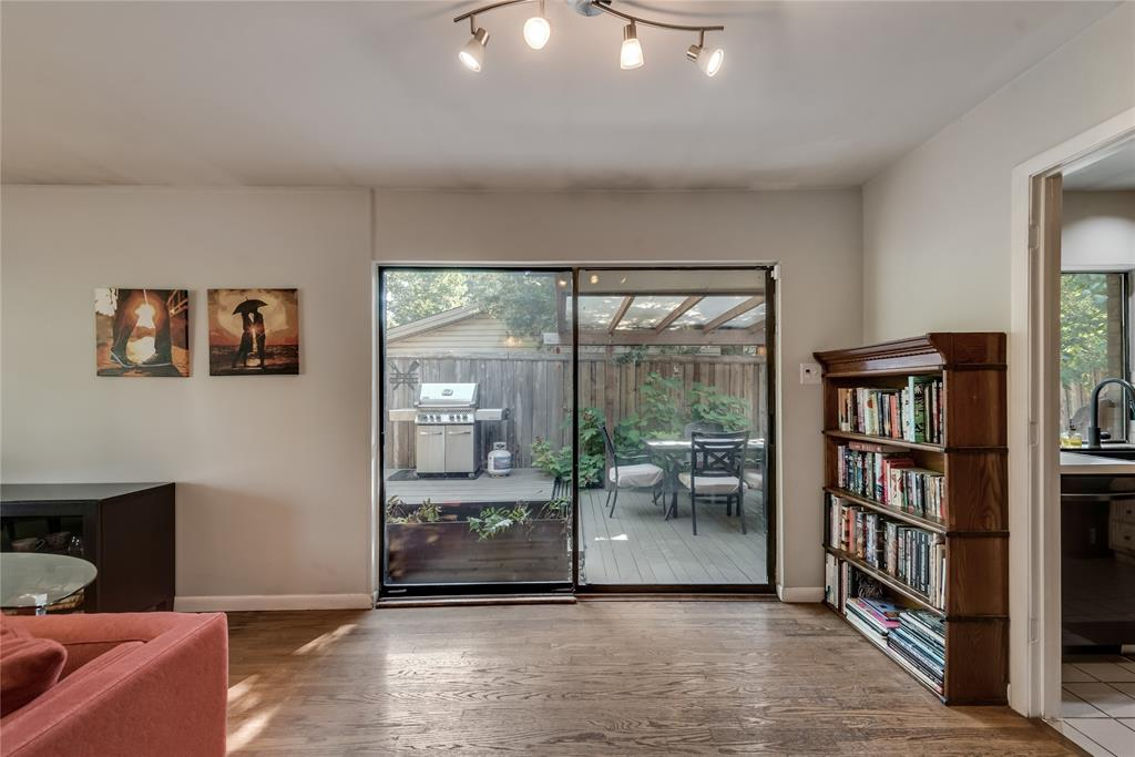 10918 Listi  Drive, Dallas, Texas 75238 - acquisto real estate best style realtor kim miller best real estate reviews dfw