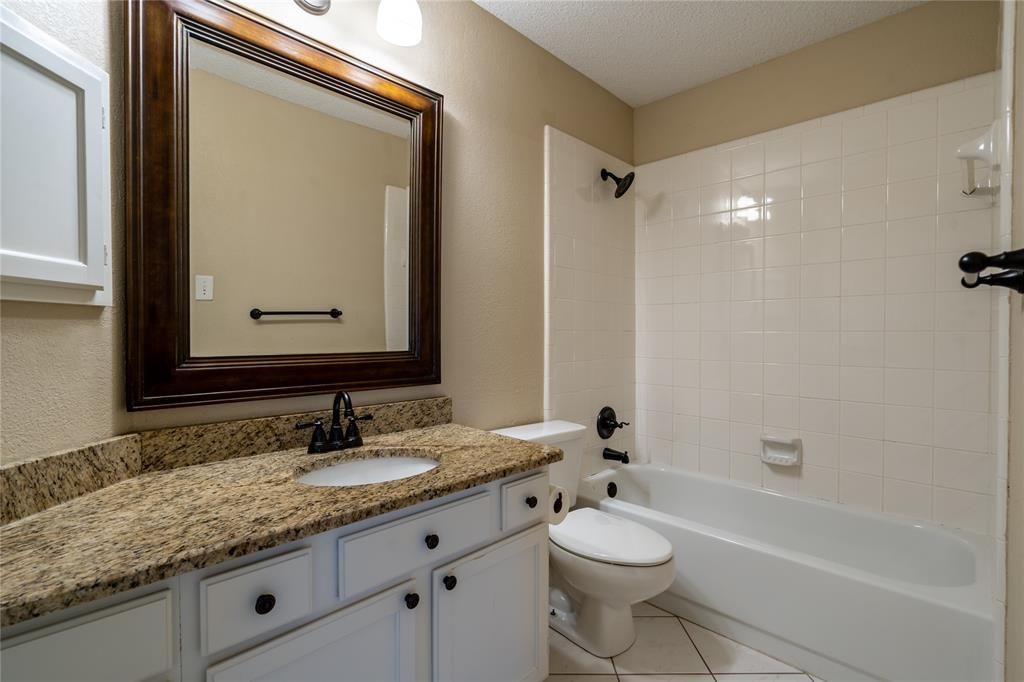 2647 Garden Ridge  Lane, Arlington, Texas 76006 - acquisto real estate best plano real estate agent mike shepherd