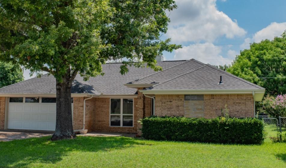 1516 Stiles  Court, Midlothian, Texas 76065 - Acquisto Real Estate best plano realtor mike Shepherd home owners association expert