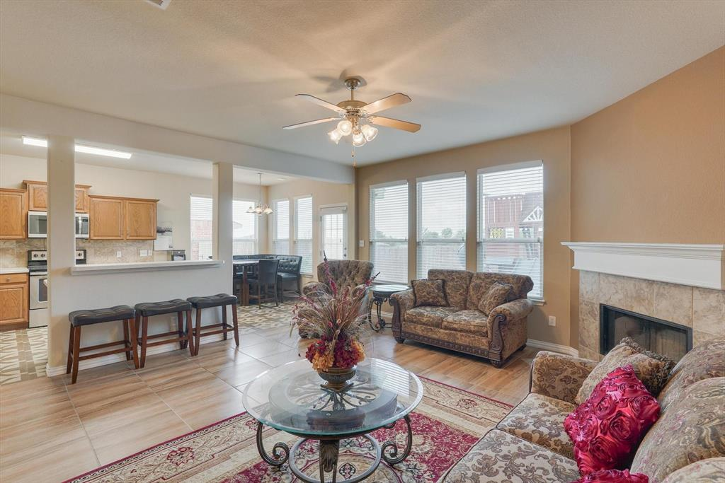 4821 Lemon Grove  Drive, Fort Worth, Texas 76135 - acquisto real estate best real estate company to work for