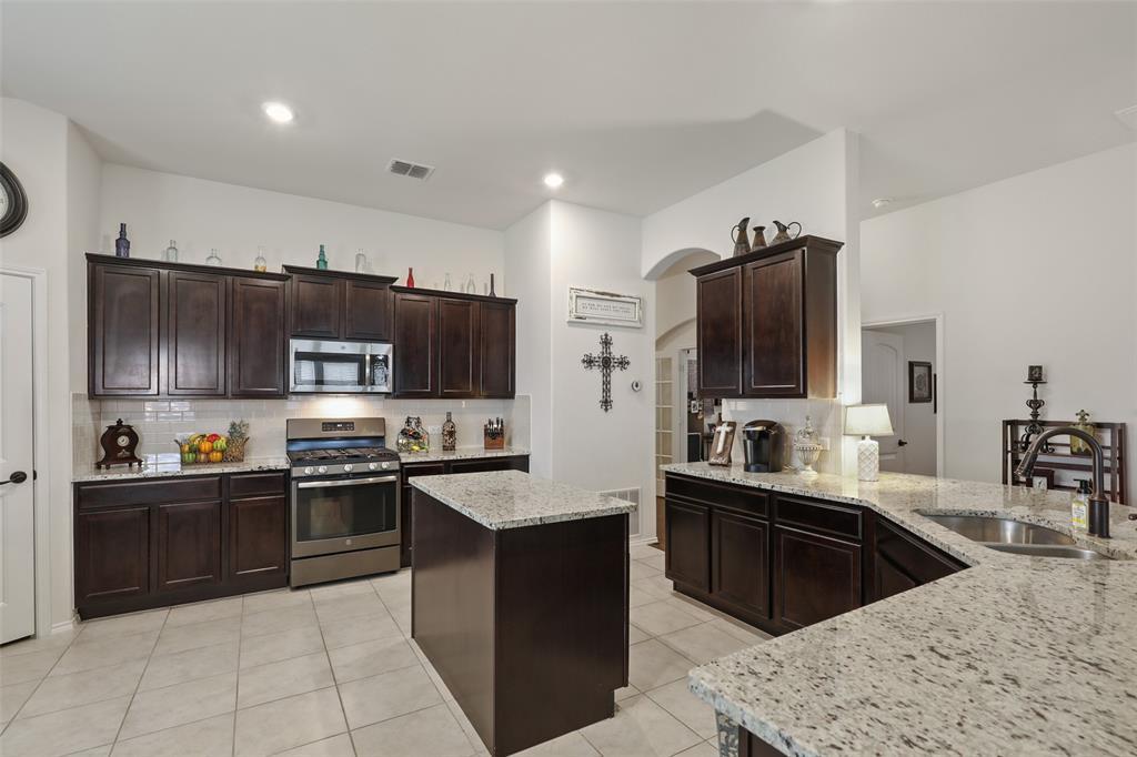 14632 Sundog  Way, Fort Worth, Texas 76052 - acquisto real estate best highland park realtor amy gasperini fast real estate service
