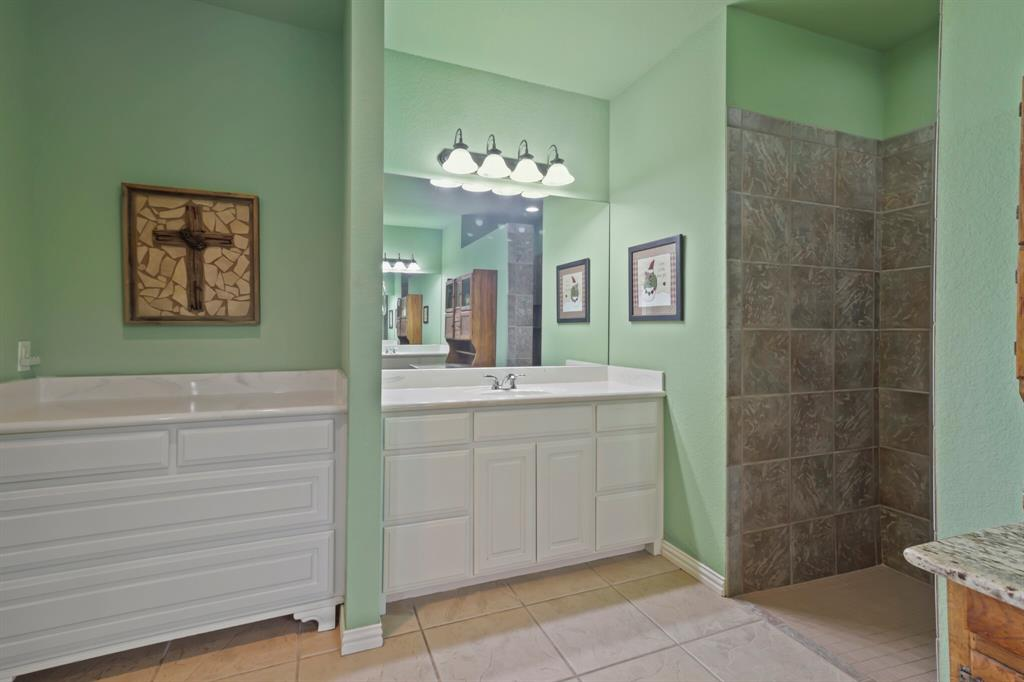 4760 Bonnie Brae  Street, Denton, Texas 76207 - acquisto real estate best photo company frisco 3d listings