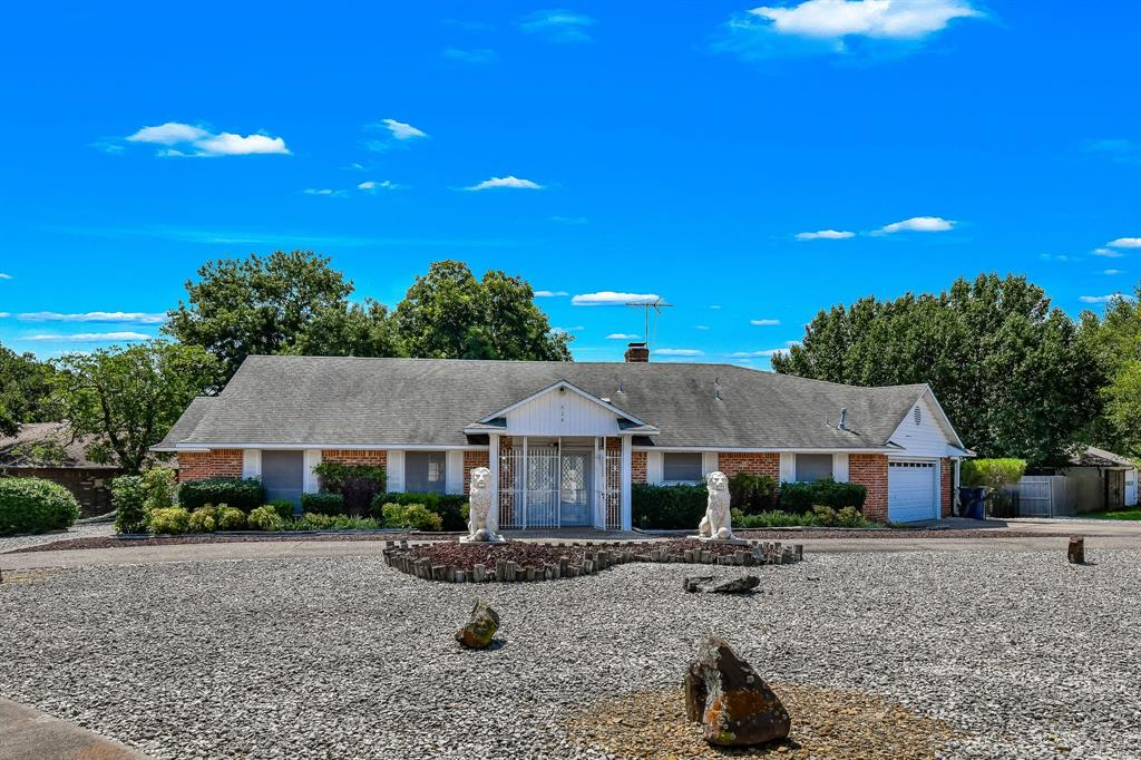 524 Mayfield  Avenue, Garland, Texas 75041 - Acquisto Real Estate best frisco realtor Amy Gasperini 1031 exchange expert