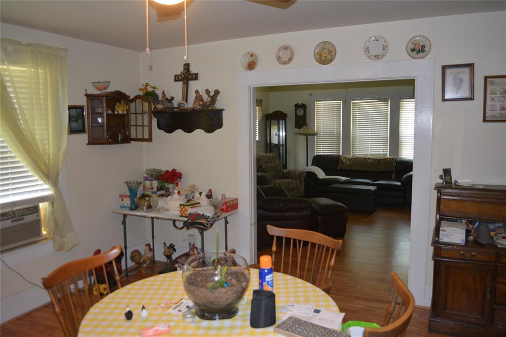 202 Washington  Street, Cleburne, Texas 76031 - acquisto real estate best style realtor kim miller best real estate reviews dfw