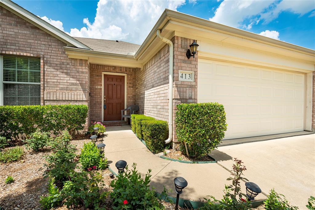 413 Stonecreek  Drive, Princeton, Texas 75407 - Acquisto Real Estate best frisco realtor Amy Gasperini 1031 exchange expert