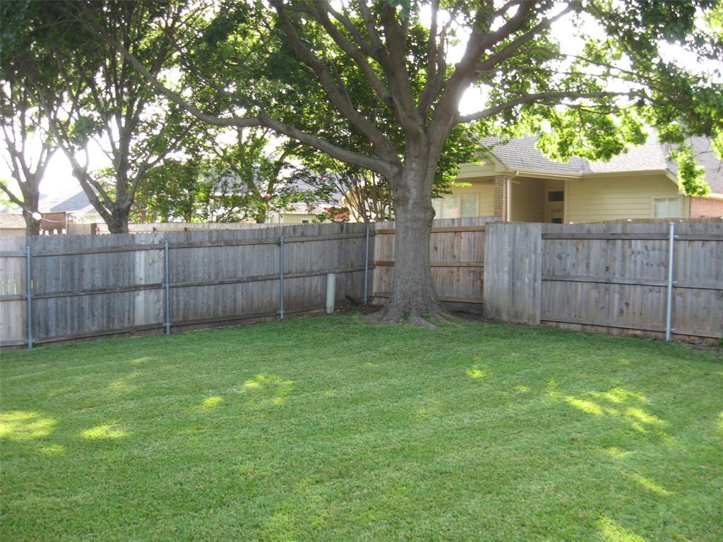 2215 Richmond  Circle, Mansfield, Texas 76063 - acquisto real estate best negotiating realtor linda miller declutter realtor