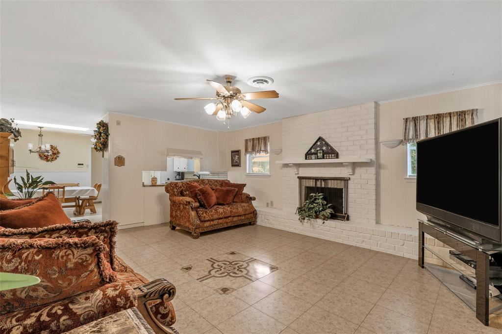204 Revere  Drive, Fort Worth, Texas 76134 - acquisto real estate best listing listing agent in texas shana acquisto rich person realtor