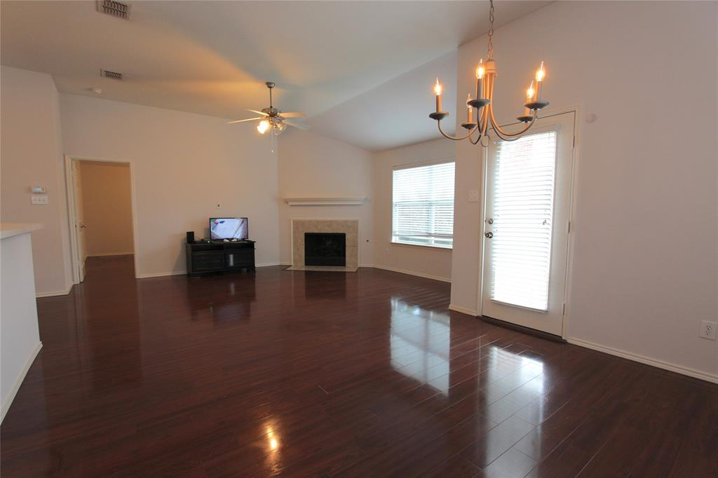 2844 Milby Oaks  Drive, Fort Worth, Texas 76244 - acquisto real estate best the colony realtor linda miller the bridges real estate