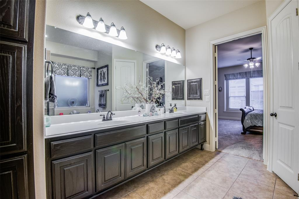 1124 Claire  Street, Lantana, Texas 76226 - acquisto real estate best new home sales realtor linda miller executor real estate