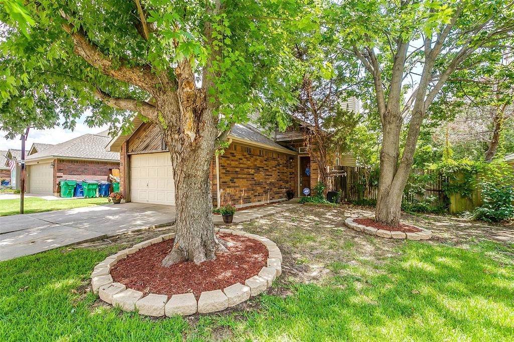 6028 Hillglen  Drive, Watauga, Texas 76148 - acquisto real estate best the colony realtor linda miller the bridges real estate