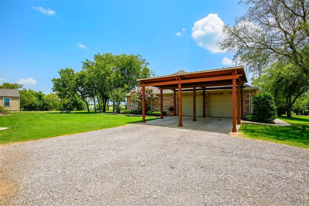 1926 Milam  Road, Sanger, Texas 76266 - acquisto real estate agent of the year mike shepherd