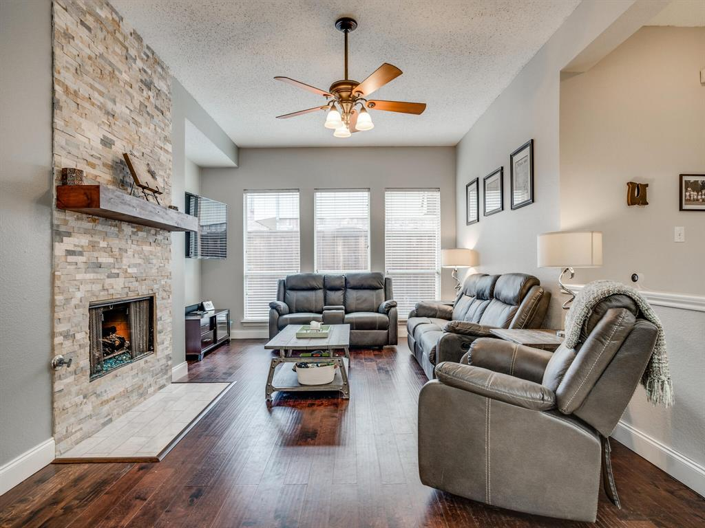 1854 Crosshaven  Drive, Lewisville, Texas 75077 - acquisto real estate best prosper realtor susan cancemi windfarms realtor