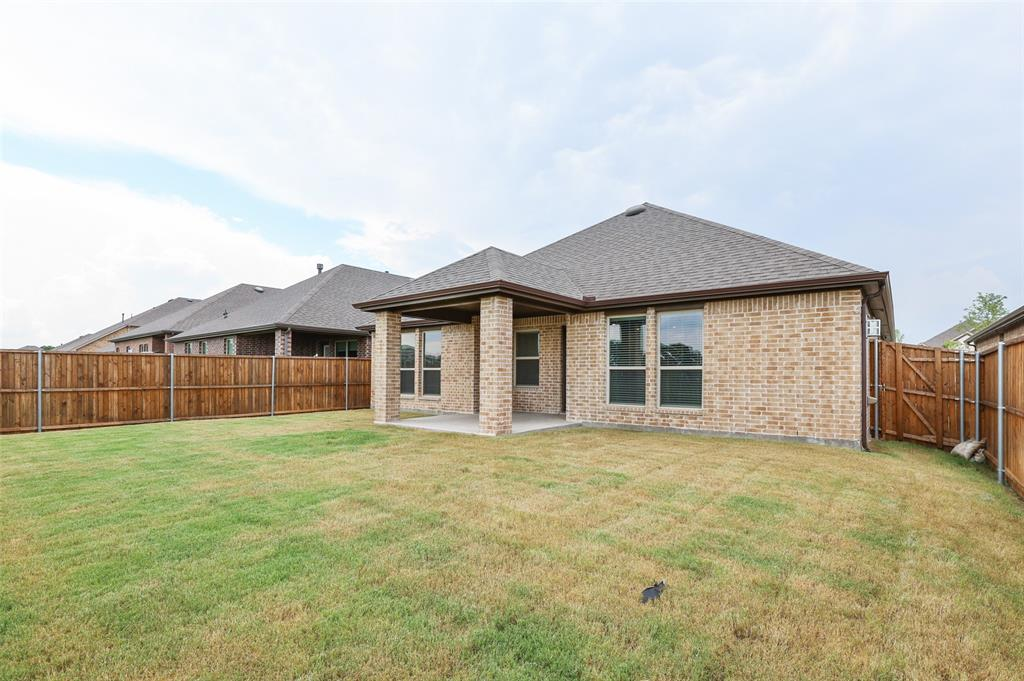 500 Cowboy  Way, Anna, Texas 75409 - acquisto real estate best frisco real estate agent amy gasperini panther creek realtor