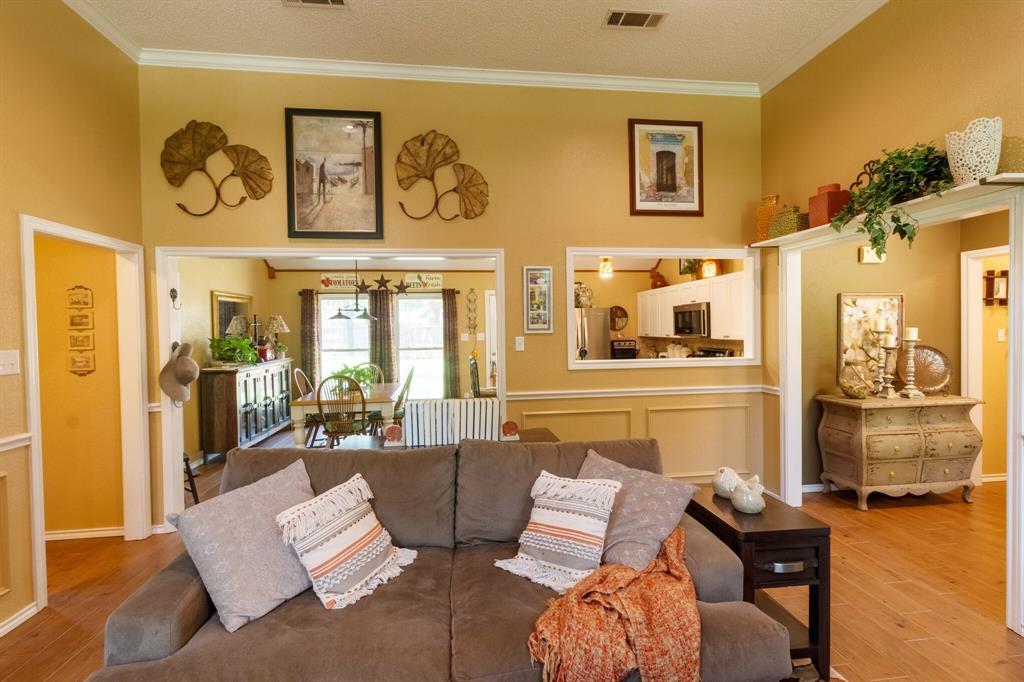 111 Suburban  Drive, Ovilla, Texas 75154 - acquisto real estate best highland park realtor amy gasperini fast real estate service