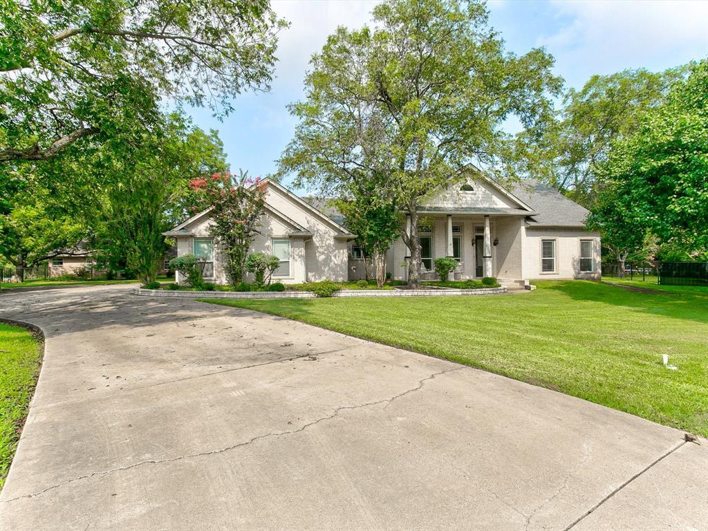 6308 Kenilworth  Court, Granbury, Texas 76049 - Acquisto Real Estate best frisco realtor Amy Gasperini 1031 exchange expert
