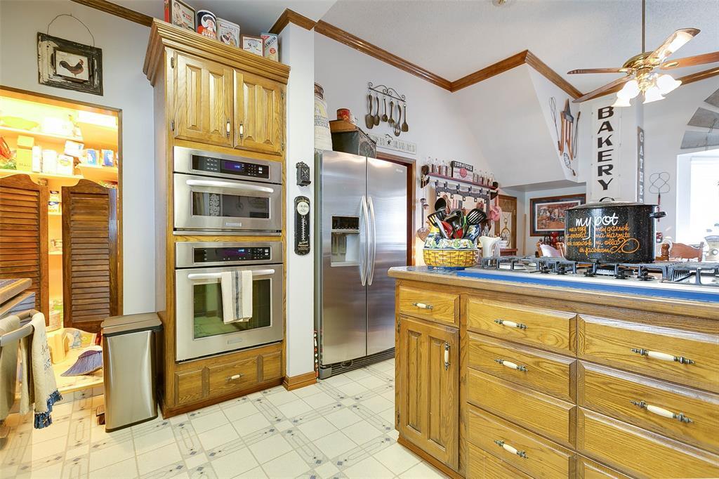 301 13th  Ballinger, Texas 76821 - Acquisto Real Estate best frisco realtor Amy Gasperini 1031 exchange expert