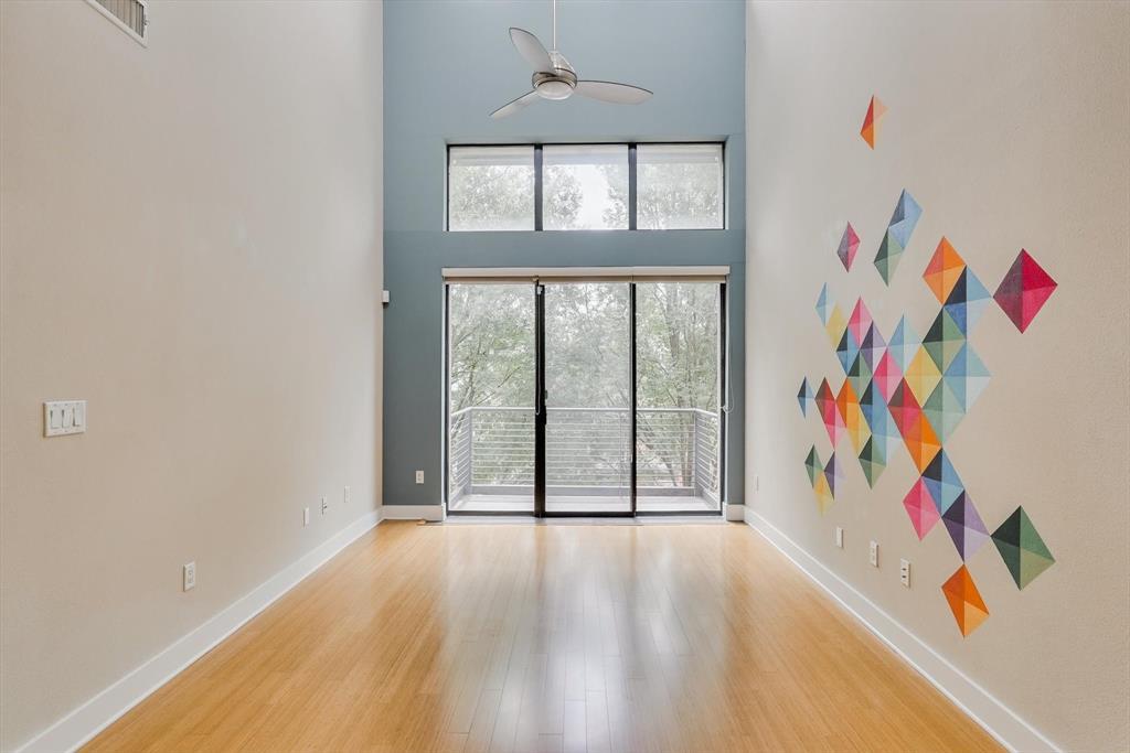 4605 Cedar Springs  Road, Dallas, Texas 75219 - acquisto real estate best real estate company in frisco texas real estate showings