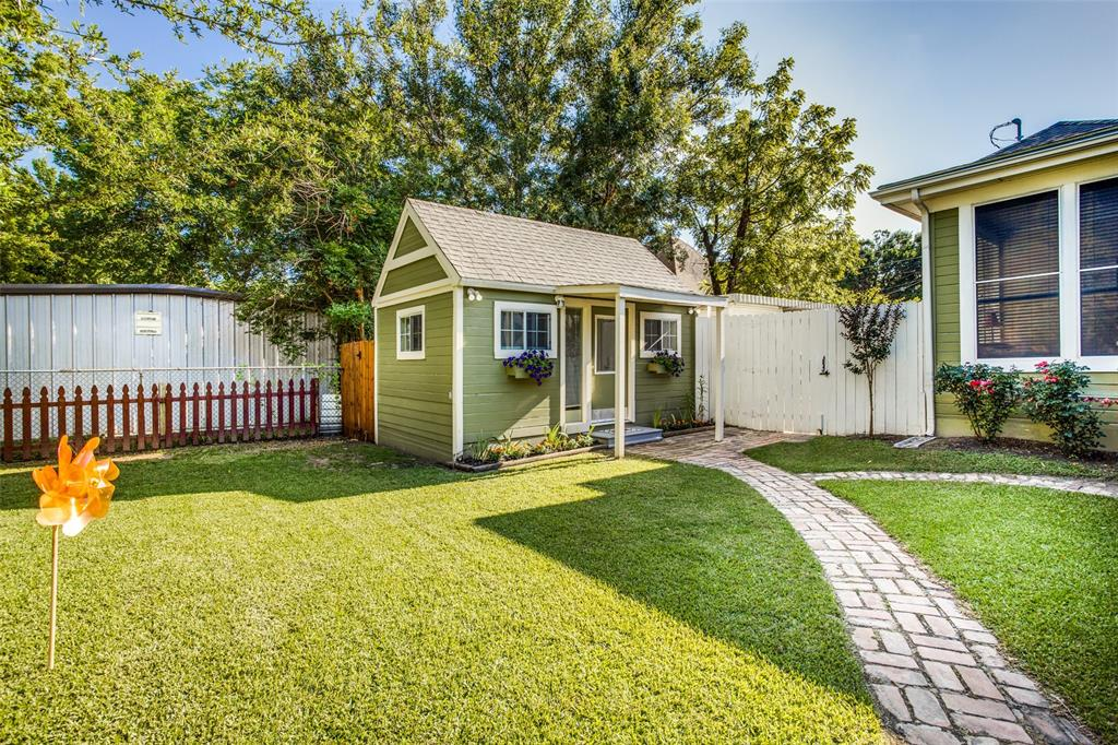 3911 Stonewall  Street, Greenville, Texas 75401 - acquisto real estate best negotiating realtor linda miller declutter realtor